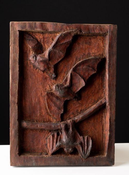 Bats sculpture by Damian Curtain