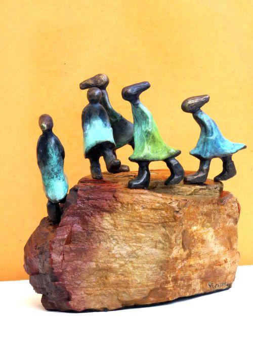 Balancing Life sculpture by Gillian Govan