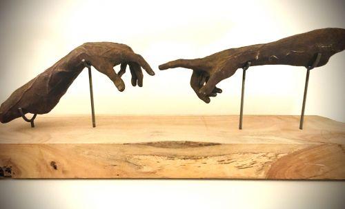Ancora  Imparo sculpture by Hugues Scheid