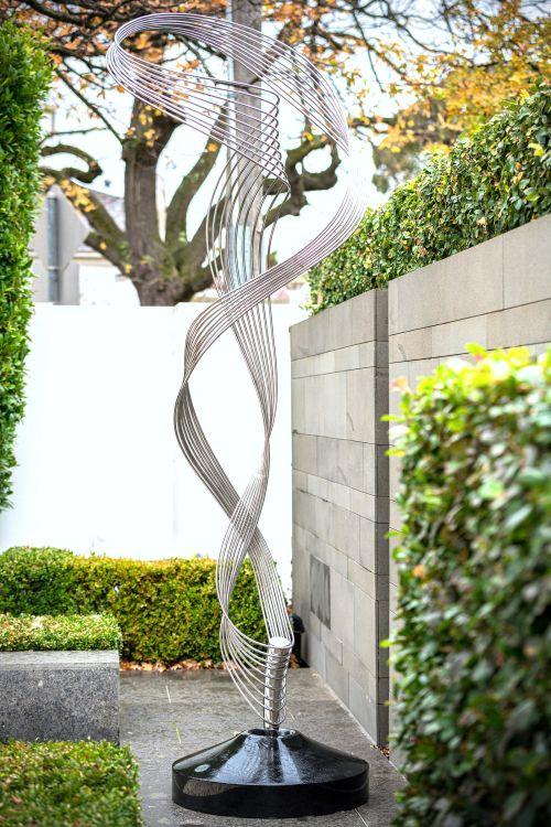 Eternal Caress sculpture by Todd Lyndon Stuart