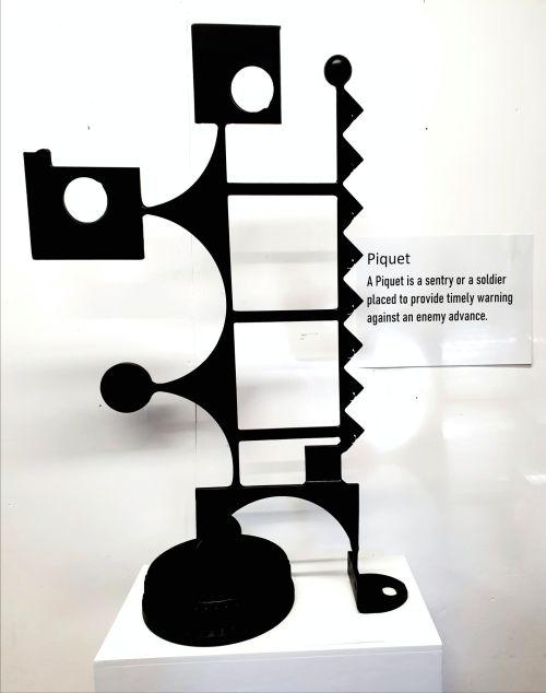 Piquet sculpture by Bruce Webb